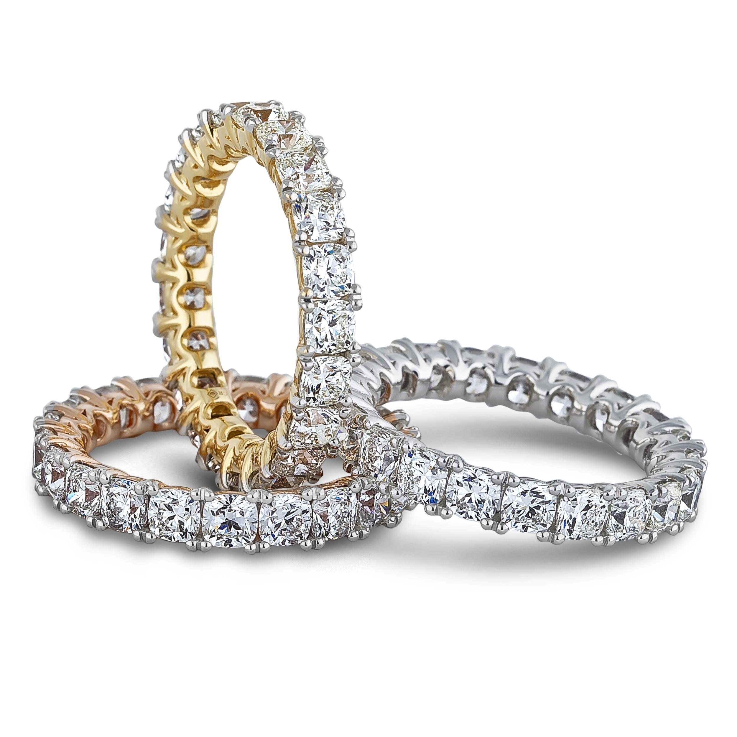 LUGARO IDEAL CUSHION ETERNITY DIAMOND BAND - SGR1156 - Lugaro - Vancouver & Victoria